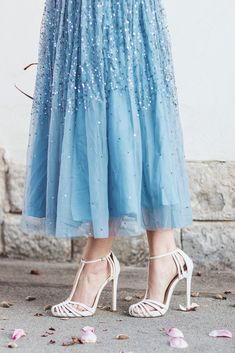www.andreeabalaban.ro Magnolia 2018 Church Outfits, Well Dressed, Fashion Details, Style Icons, Marc Jacobs, Tulle, Dress Up, Vogue, Classy