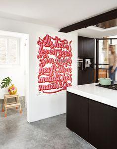 Keuken zwart en gietvloer