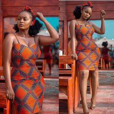 ankara mode Always flaunt those curves Ankara style inspiration from Ankara Dress Styles, African Fashion Ankara, Latest African Fashion Dresses, African Dresses For Women, African Print Dresses, African Print Fashion, African Attire, African Prints, Ankara Mode