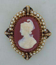 1900s Carved Carnelian Diamond Pearl & Gold Cameo Pendant Brooch
