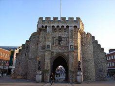 Photos of Southampton Bargate, Hampshire England UK Hampshire England, England Uk, Honeymoon In England, Growing Up British, Southampton England, South Hampton, Tudor House, Great Britain, Bristol