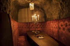 Kufstein Stollen1930 Die Bar Bathroom Lighting, Bathtub, Mirror, Furniture, Home Decor, House, Bathroom Light Fittings, Standing Bath, Bathroom Vanity Lighting