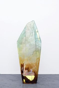 """gypsylolita: """" Crystal art by Amy Brener """" Crystals Minerals, Rocks And Minerals, Crystals And Gemstones, Stones And Crystals, Peclers Paris, Beautiful Rocks, Mineral Stone, Rocks And Gems, Resin Art"""