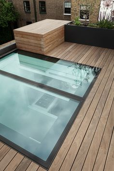 flush / walkable skylight - Notting-Hill Roof garden 2011 by Modular Garden