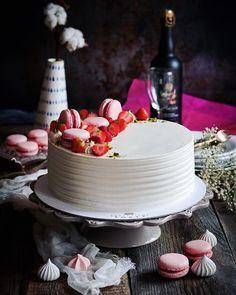 Jablkové tartaletky so slaným karamelom - Coolinári Panna Cotta, Cake, Ethnic Recipes, Desserts, Blog, Basket, Tailgate Desserts, Dulce De Leche, Deserts