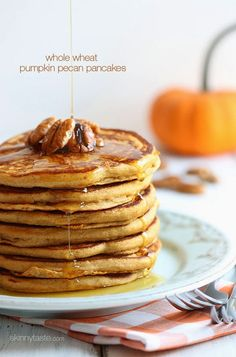 Whole Wheat Pumpkin Pecan Pancakes - Skinnytaste.com