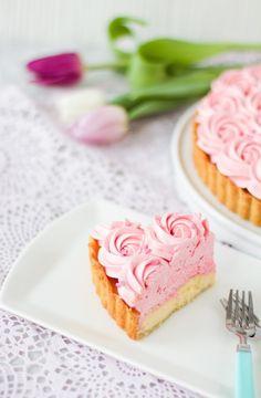 Hedelmätäytekakku - Pullahiiren leivontanurkka Pink Lemonade Pie, Baileys, Cheesecake, Desserts, Food, Healthy, Tailgate Desserts, Deserts, Cheesecakes