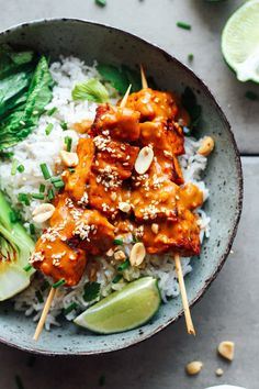 Marinated tempeh skewers coated with a rich and creamy sesame & peanut sauce. Serve over rice with leafy greens for a complete meal! Tofu Recipes, Easy Healthy Recipes, Whole Food Recipes, Vegetarian Recipes, Cooking Recipes, Healthy Meals, Cooking Tips, Healthy Food, Salads