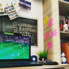 Domowe biuro, przerwa od pracy.
