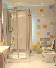 una baño muy moderno y juvenil!