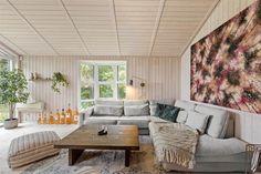 Miete Ferienhaus 11148 in Udsigtsvangen 12, Nyköbing Seeland Jacuzzi, Outdoor Sectional, Sectional Sofa, Danish Interior Design, Outdoor Furniture Sets, Outdoor Decor, Home Decor, Beautiful Living Rooms, Beautiful Bedrooms