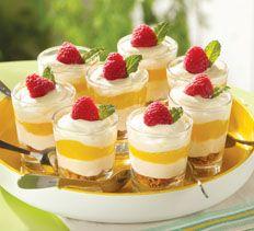 Mini Lemon-Berry Cheesecake Shooters www.cookingclub.com