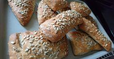 Steirische Dinkelweckerl mit Sonnenblumenkörner, ein Rezept der Kategorie Brot & Brötchen. Mehr Thermomix ® Rezepte auf www.rezeptwelt.de