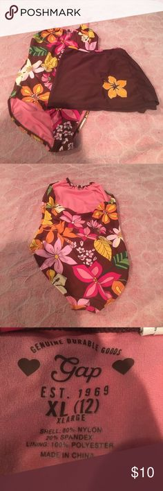 Gap One Piece Bathing Suit w/Swim Skirt to go over Perfect Condition! Only worn 1-2 times. GAP Swim One Piece