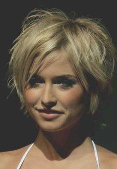 Short Layered Blonde Hair