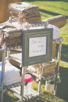 To keep guests warm in the cool fall air, Amanda and Pete set out neutral-colored pashminas near the lounge space. Wedding Favours To Keep, Wedding Gifts, Wedding Stuff, Wedding Cake, Next Wedding, Autumn Wedding, Leaves Changing Color, Used Wedding Dresses, Vineyard Wedding