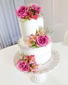 Wedding Cake Photos, Wedding Cakes, Lolly Cake, White Cakes, Classic Cake, Rose Cake, Specialty Cakes, Pink Peonies, Beautiful Models
