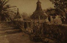 Parte alta de una Casona en el barrio de Flores. Pedernera esquina Gregorio de Laferrere.