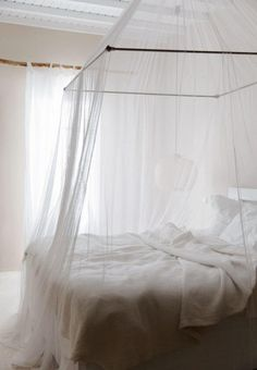 Awesome Four Poster Beds That Are Sure To Blow Your Mind 10 Awesome Four Poster Beds That Are Sure To Blow Your Mind Mosquito Net Quarto Door Baldachin Fabric Canopy Net. White Bedroom, Dream Bedroom, Dream Rooms, Master Bedroom, Bedroom Decor, Canopy Bed Curtains, White Curtains, Fabric Canopy, Bed Canopies