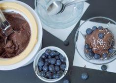 Domáca kokosovo – čokoládová zmrzlina Chocolate Fondue, Ale, Pudding, Yummy Food, Sweets, Delicious Food, Gummi Candy, Ale Beer, Custard Pudding