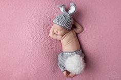 Razem z cudownym,uroczym,maleńkim króliczkiem życzymy Wam oraz Waszym rodzinom zdrowych oraz radosnych Świąt Wielkanocnych   🤗🐇💐🐥  ********************** http://fotograficznemarzenia.pl  #sesjanoworodkowalodz #fotografianoworodkowalodz #fotografnoworodkowylodz #zdjecianoworodkowelodz #fotografiachrztulodz #fotografnachrzestlodz