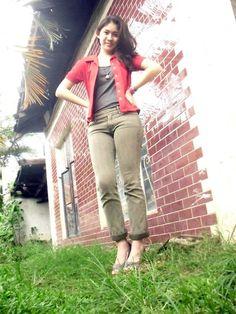Bead Shop, Peep Toe Heels, Colored Jeans, Khaki Pants, Tank Tops, My Style, Shopping, Fashion, Moda