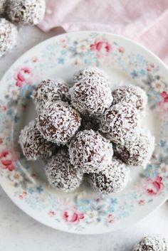 My Kitchen Stories Snacks To Make, Easy Snacks, Yummy Snacks, Healthy Snacks, Bulgarian Recipes, Bulgarian Food, Portable Snacks, High Protein Snacks, Fiber Foods