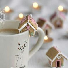 Mini gingerbread houses on a cup of your choice. Nice.