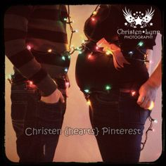 Christmas maternity pictures
