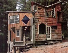 Handmade houses to blow your modern mind.  Very cool