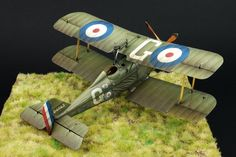 """The """"Flying Hisso"""" by Diego Quijano. WINGNUT  WINGS 1/32 scale, Royal Aircraft Factory S.E.5 #WW1 #biplane #scale_model http://dqscaleworks.blogspot.jp/2012/10/the-hisso-work-wingnuts-wings-132.html?spref=pi"""