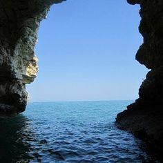 Quando da piccolo entravo in queste grotte avevo la sensazione di essere in un mondo fatato, oggi  le stesse emozioni #gargano #puglia #emoz...