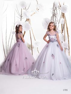 «First communion dress Girls Pageant Dresses, Flower Girl Dresses, Flower Girls, Party Dresses, Candy Dress, Purple Bridesmaid Dresses, First Communion Dresses, Gypsy Dresses, Lace Weddings