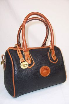 3ab4fe1c6c Vintage Dooney   Bourke Purse Hand bag one I had and it was forest green.