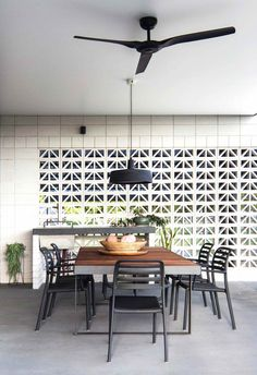10 breeze block wall ideas worthy of Palm Springs – Breeze Blocks Porches, Breeze Block Wall, Cinder Block Walls, Cinder Blocks, Outdoor Rooms, Outdoor Living, Outdoor Areas, Reno, Staircase Design