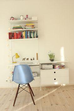 Study Inspiration, Design Inspiration, String Regal, String Shelf, Kid Desk, Kidsroom, Kid Spaces, Home Office, Shelving
