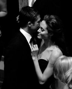 angelinapitt:      Brad Pitt and Angelina Jolie at the 81st Annual Academy Awards (2009)