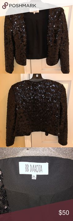 BB Dakota black sequin crop jacket Cropped sequin jacket woman's size XS BB Dakota Jackets & Coats Blazers