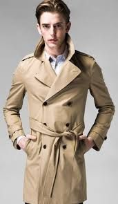 StyleCaster turns us to rag & bone's Great Coat in khaki. This double breasted trench is an essential for every man's closet. Khaki Trench Coat, Aquascutum, Getting Back In Shape, Fashion Days, British Men, Dress For Success, Rag And Bone, Street Style, Stylish