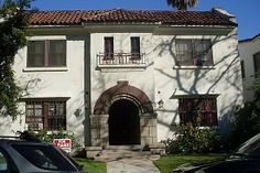 120 N Almont Dr APT 8, Beverly Hills, CA 90211