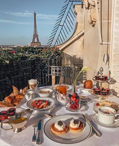 43 Best Winter Destinations to Enjoy Christmas Holiday Travel around the world, life is a journey, travel destinations, travel photography Best Winter Destinations, Travel Destinations, Christmas Destinations, Travel Europe, France Travel, Travel Diys, France Europe, Travel Gadgets, Food Travel