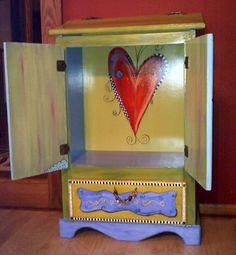 Carolyn's Funky Furniture: A Trash bin too pretty for trash