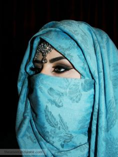 Niqab is a type of Hijab that covers face. Here are Niqab Styles