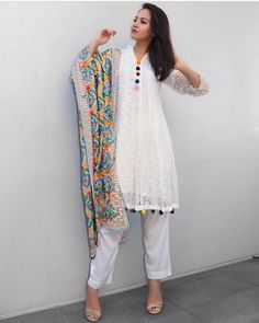 Image may contain: 1 person, standing Pakistani Fashion Casual, Pakistani Dress Design, Pakistani Dresses, Indian Dresses, Indian Outfits, Indian Fashion, Punjabi Fashion, Tunic Designs, Kurta Designs