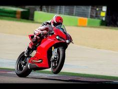 Ducati Panigale 1299 - Testando na pista