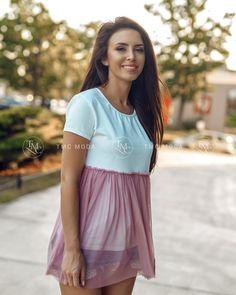Dámska romantická blúzka ružová, veľkosť je UNI Shirt Dress, T Shirt, Dresses, Fashion, Supreme T Shirt, Vestidos, Moda, Shirtdress, Tee Shirt