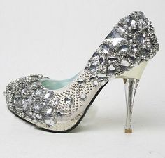 High-Heels-Shoes-2013-For-Brides-008