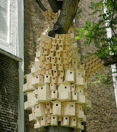 stad-vogelhuisjes-sculptuur-installatie-3.jpg (610×685)