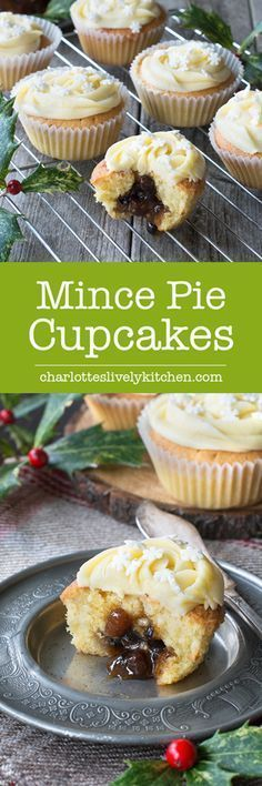 Mince Pie Cupcakes - ond cupcakes with a festive mincemeat centre and topped with brandy buttercream. Mince Meat, Mince Pies, Christmas Cupcakes, Christmas Desserts, Christmas Foods, Christmas Recipes, Christmas Nibbles, Easter Desserts, Christmas Chocolate