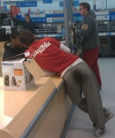 You Can Make A Difference at Walmart - Funny Pictures at Walmart ibeebz.com